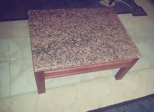 طاولة للبيع ب120 شيك ولا كاش