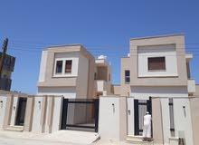 منزلين للبيع سعر كل منزل 450 الف  دينار..دور وملحق كل منزل