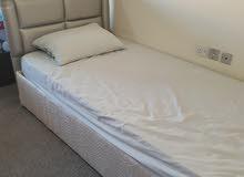 سرير مفرد مستعمل