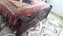 سرير مجوز خشب ثقيل مع فرشته  بحالة الوكاله مع 6 فرشات و6 مساندو6 مخدات