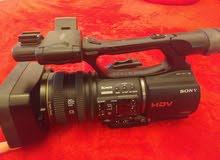 كاميرا سوني z5 شبه جديدة استعمال بسيط للبيع