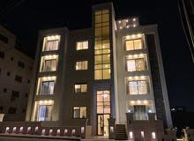 شقة طابقية أرضية مساحة 400م Luxury مواصفات فخمة جدًا في أجمل المناطق ذات اطلالة