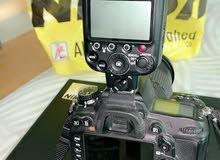كاميرا نيكون الاحترافية D7000 وفلاش sb-910
