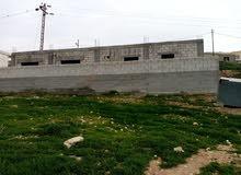 بيت عظم 112م مع قطعة أرض دونمين مزروعين