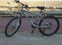 دراجة هوائية سرعات مارشات استعمال شهرين فقط بسعر حرق