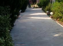 استراحة و متنزه  للبيع 2200م في اربد غرب ام قيس