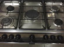 فرن طبخ إيطالي بحالة ممتازة Italian oven in a very good condition for sale