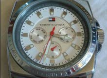 ساعة Tommy hilfiger