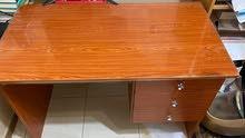 wooden office desk -- مكتب خشبي محلي