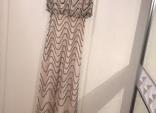فستان سهرة ناعم ب 150 درهم فقط