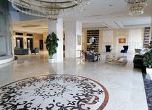 للإيجار غرفتين وصالة مع باركن في أفخم أبراج عجمان