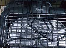شواية كهربائية استعمال بسيط جدا ماركة تيفال بالقاعدة يوجد بيها رجلين ممتازة