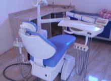 للبيع او للايجار بالمبنى  : كرسي اسنان استعمال نظيف
