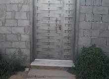 عندي باب حديد للبيع 120 في 220 للبيع 1000 دينار طرابلس قصربن غشير