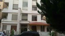 شقة مع رووف باطلاله رائعه بجانب اسواق السلطان
