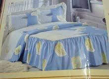 السلام عليكم عندي غلاف سرير جديد صيفي يتكون من غلاف وشرشاف وزوز غلافات مخاد