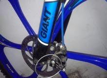 دراجة ياباني GIANT