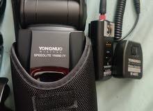 كاميرا نيكون دي 7000 مع اربع عدسات Nikon D7000 with 4 lenses