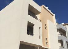 شقة نص تشطيب للبيع في بوابة الجبس حي السلام 200 متر