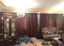شقة فى أرقى  مكان فى منطقة المستثمر الصغير شارع المعهد بالشيخ زايد