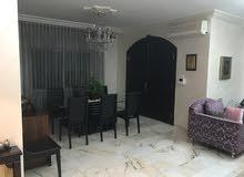 شقة ارضيه للايجار في دير غبار