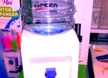 كولر ماء للاطفال سعة لتر .على البطاريه.
