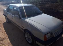 Manual Opel 1986 for sale - Used - Irbid city