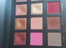 Original Huda bueaty shadow palette Rose Gold
