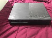 نضيف Xbox one للبيع تريد تبادل فقط ب سوني 4 عادي أي شئ من أنواع السوني 4