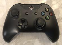 Xbox one x ( Special edition ) بحاله الوكاله