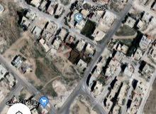 قطعة ارض في الزرقاء في الزواهرة بحي جبر