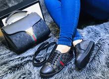 زورو صفحتتا عالفيس بوك ( ذوق للأحذية والحقائب النسائية  )