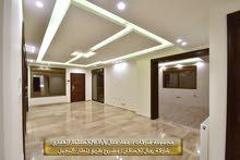 شقة للبيع ط3 225م مع سطح رووف 150م في طريق المطار-النخيل/معفاه من رسوم التسجيل