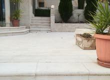 شبة فيلا دوبلكس ثلاث طوابق وترسات وحدائق لإيجار فارغ خلدا