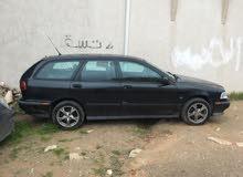 فولفو v40 موديل 2000