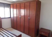 خزانة ملابس و سرير للنوم