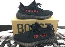 adiddas yeezy 350 core black