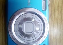 كاميرا سامسونج ديجيتال شبه وكاله للبيع مع الشاحن والعلبة