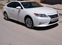 White Lexus ES 2013 for sale