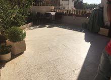 شقة ارضية للبيع في خلدا خلف السيتي مول