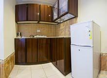 غرفة وصالة ومطبخ وحمام مفروش شاملة الخدمات