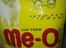 طعام قطط رقائق التايلاندي عالي البروتين+رمل صنف ممتاز فأىق الامتصاص
