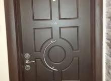 شقة 173م مع روف مطل للبيع في ضاحية الرشيد