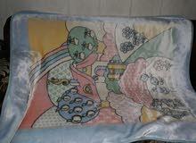 ثلاث بطانيات مع لحاف للاطفال نظيفين