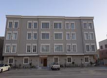 شقه مع مدخل خاص 128م في حي الملقا للبيع