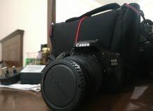 كاميرا كانون D600 استعمال خفيف مع اغراضها