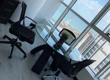 مكاتب فاخرة للايجار في مدينة الكويت باطلالة بحرية مؤثثة بالكامل