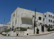 More rooms  Villa for sale in Amman city Tabarboor