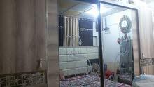 غرفة نوم للبيع نظيفة