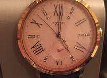 ساعة fossil للبيع